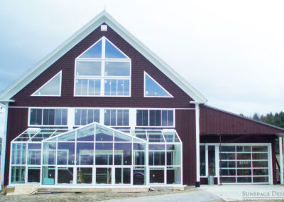 Outer view of Barn Greenhouse in Turner, Maine by Sunspace Design