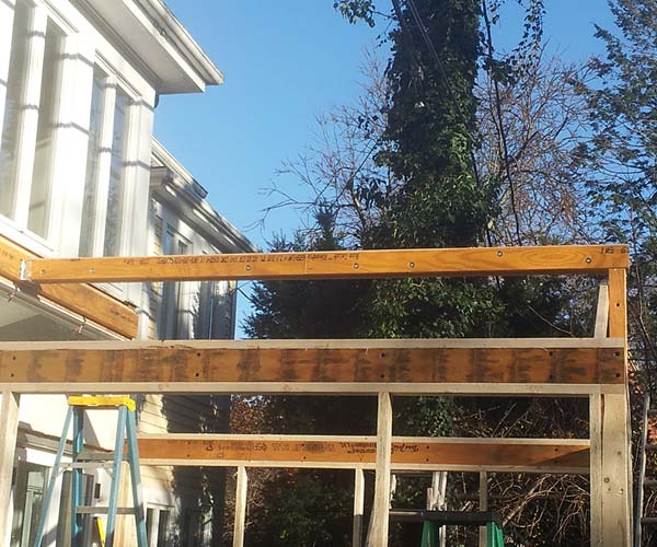 A new LVL ridge has been installed to support the glass roof elements which will soon be introduced to the project